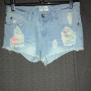 Net Fashion Distressed Jean Shorts With Pink/Green